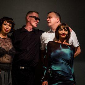 Die Inhaber mit Models. Foto: Jens Dollenbacher
