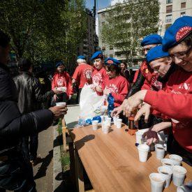 Lebensmittelausgabe für Obdachlose. Foto: Eugenio Marongiu/Shutterstock