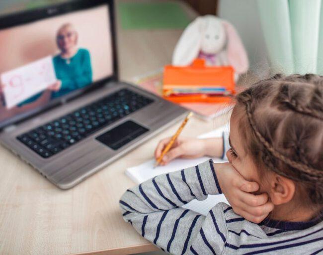 Achtsamer Umgang mit Online-Formaten an Schulen